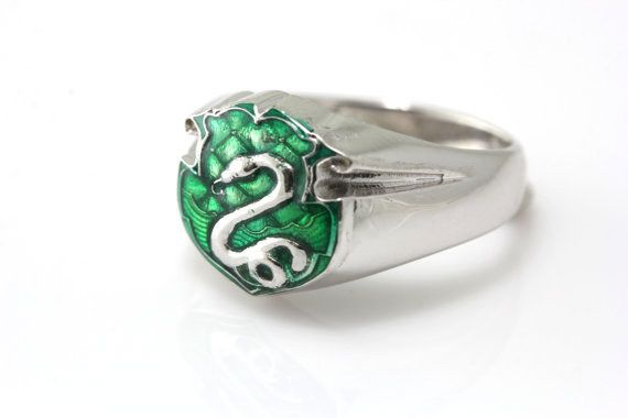 13 Things All Slytherins Will Need In 2016