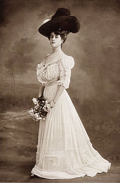 1900's fashion - edwardian summer