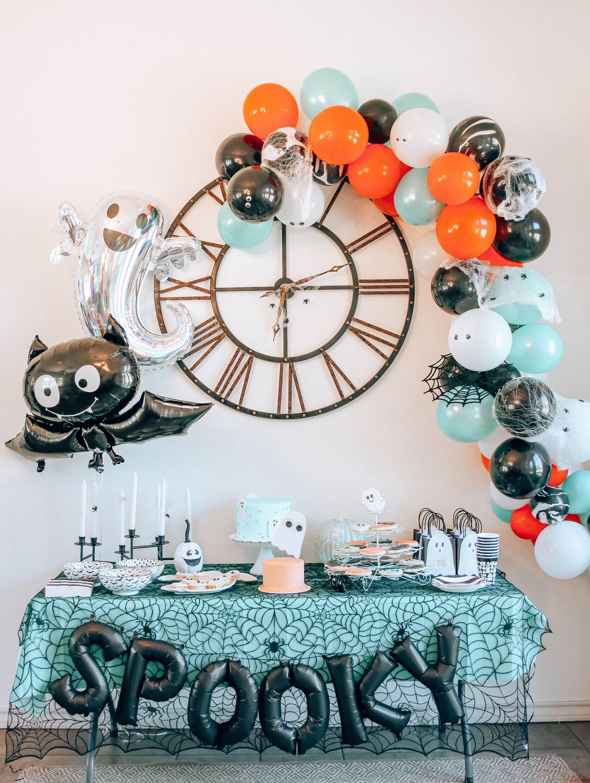 Kid's Spooky Halloween Party