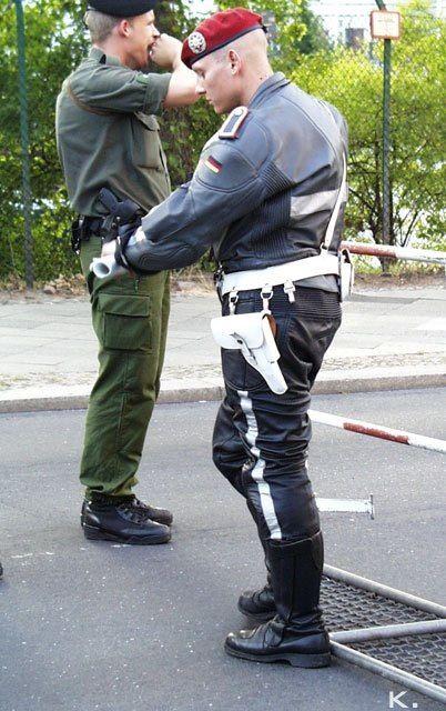 Geile Polizisten