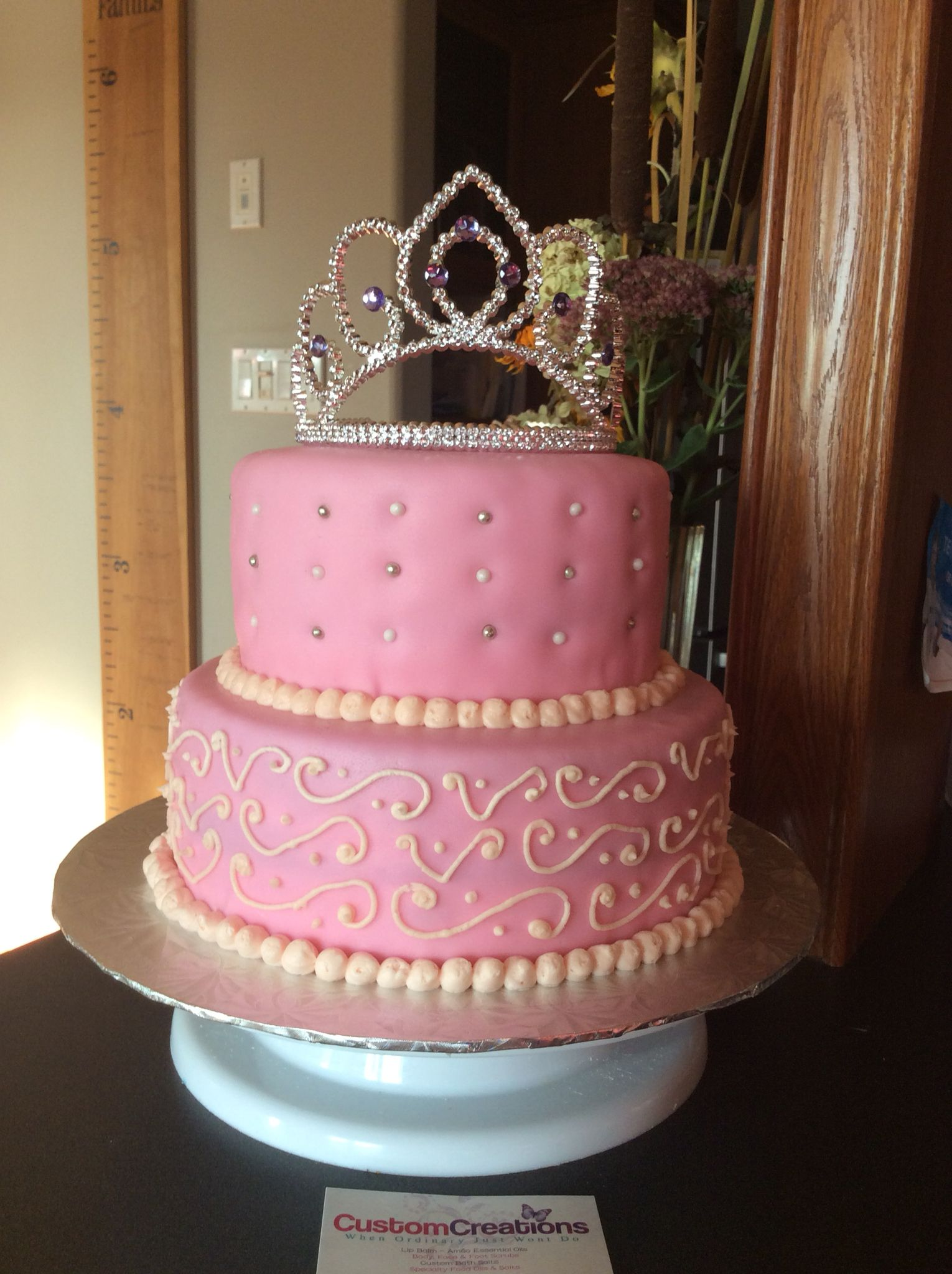 Princess Cake This Stunning 2 Tier Has Hand Typed Design On