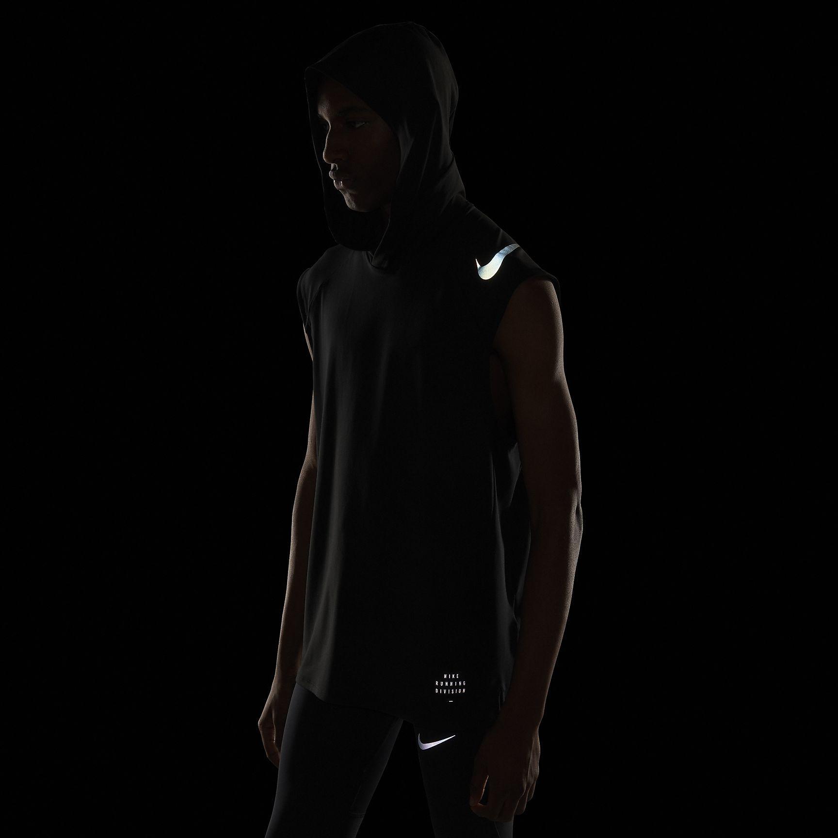 d4e16be10751d Nike Element Men s Sleeveless Running Hoodie