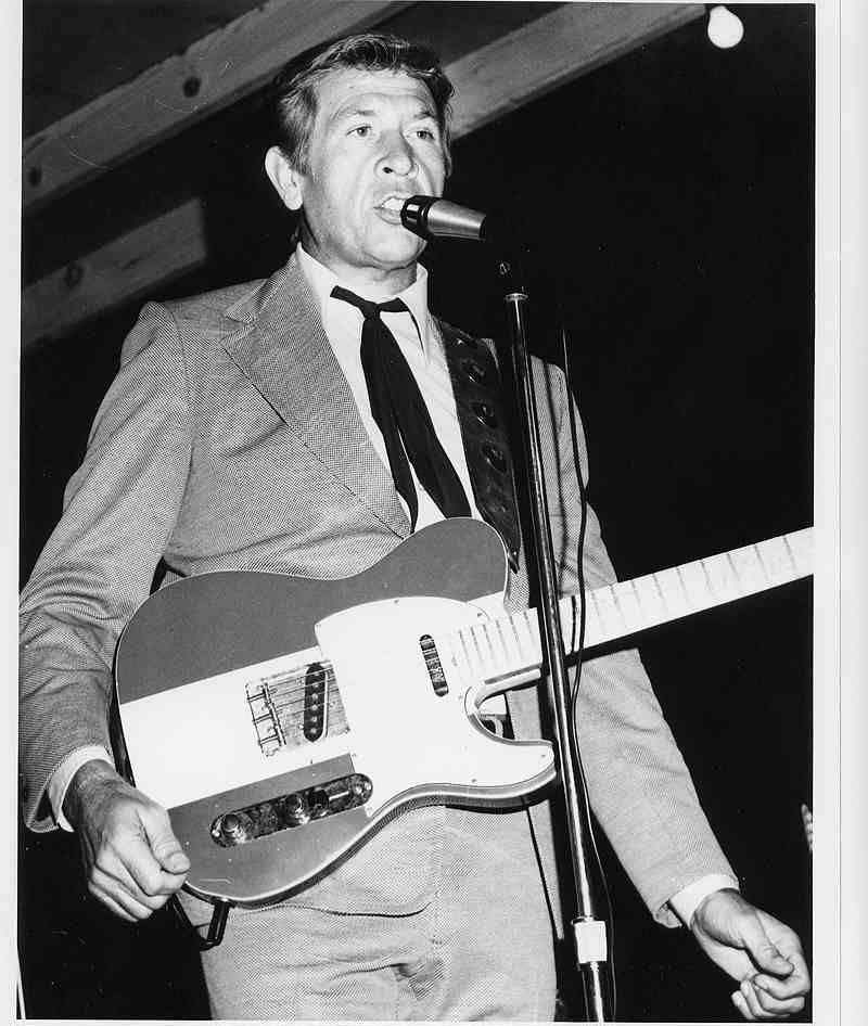 Musician No. 53 March 1983 Tom Petty