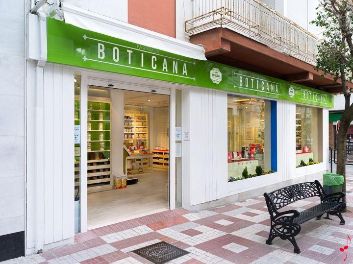 Boticana pharmacy by Marketing-Jazz, Jaén – Spain »  #Retail Design Blog #diseño #farmacia #salud #design #pharmacy #apotheke #health #healthy http://retaildesignblog.net