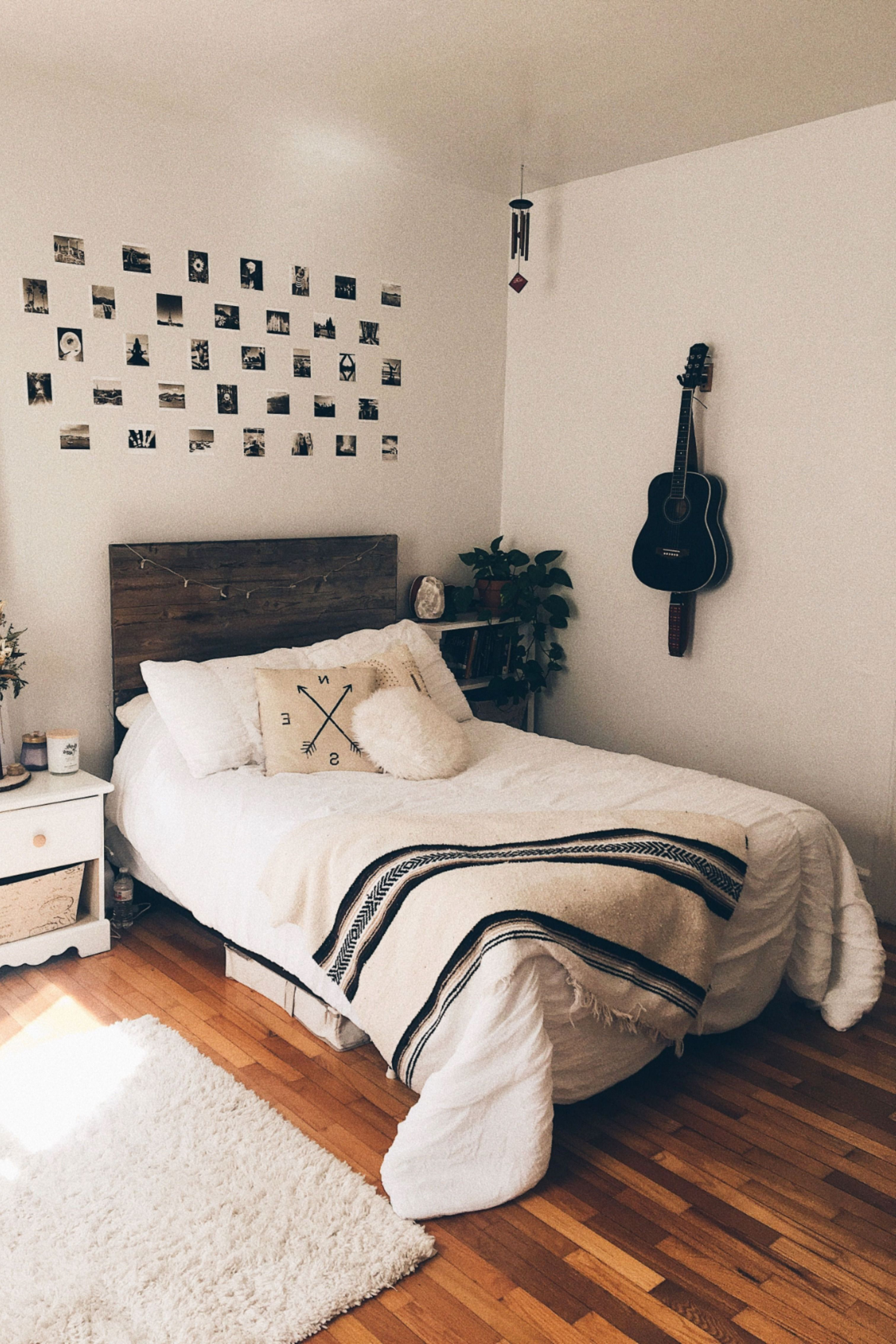 Cheap bedroom designs for small rooms in 10  Bedroom decor