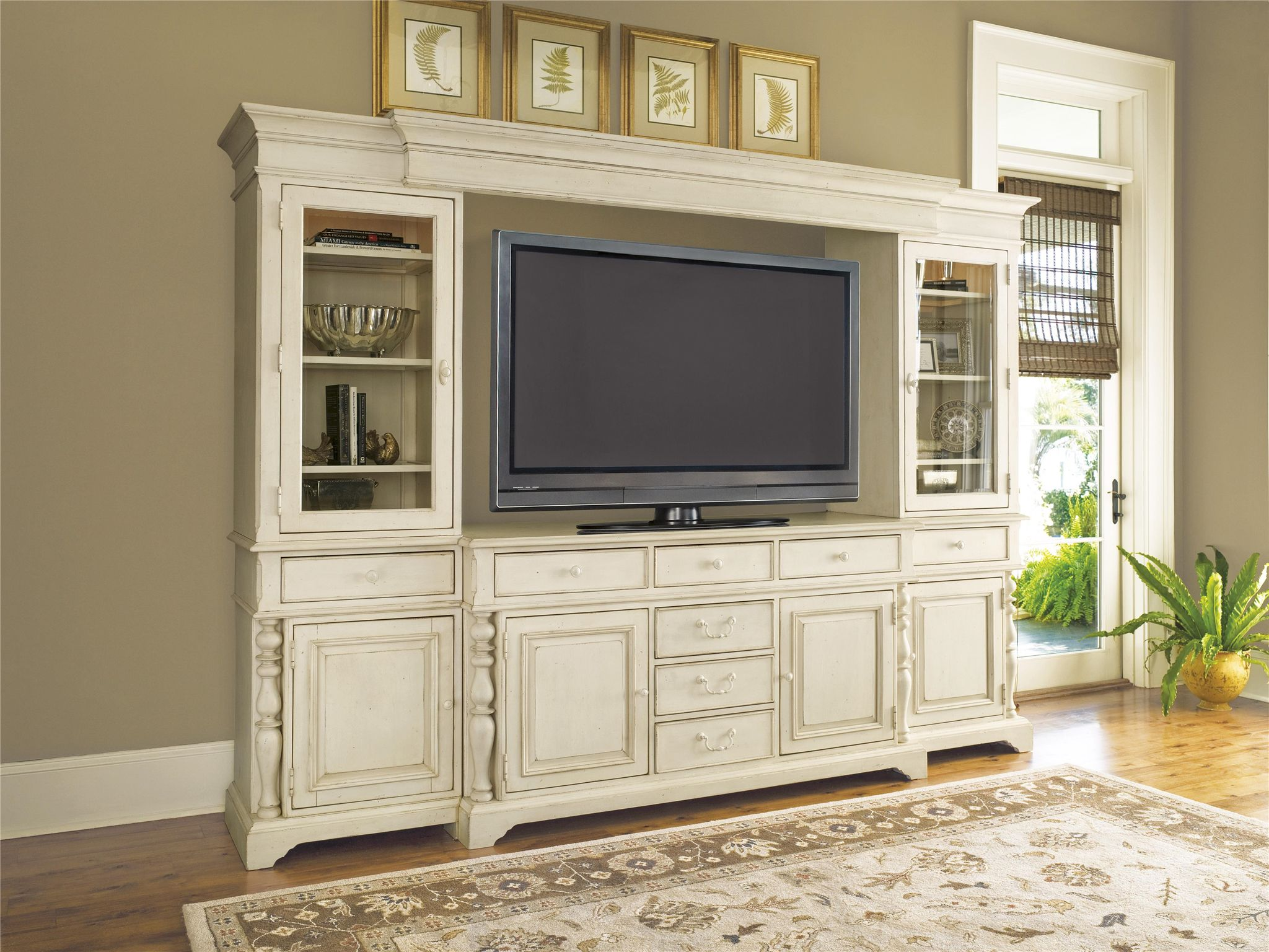 Universal Paula Deen Home Entertainment Wall System