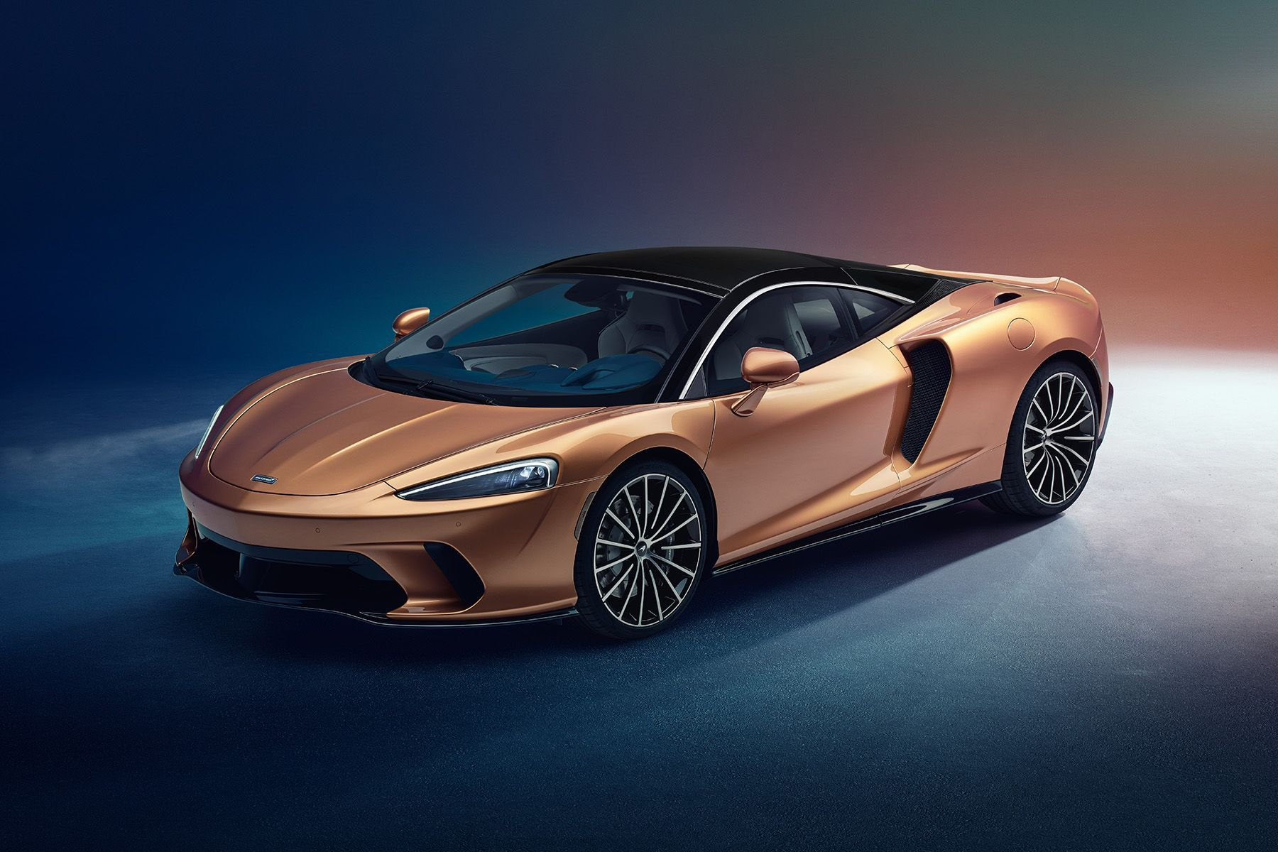 The New Mclaren Gt Is A Luxury Supercar For Cross Country Trips New Mclaren Super Cars Mclaren Cars
