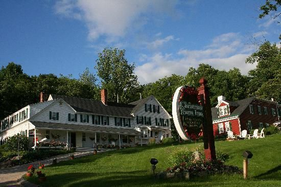 Christmas Farm Inn Spa Would Love To Get Back Here Christmas Farm New England Farmhouse Cool Places To Visit