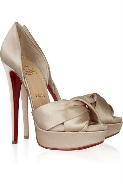 #Champagne colored #Louboutins Worth the pain