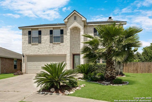 Single Family Detached Cibolo Tx Very Clean And Well Maintained Home With 4 Bedrooms 2 1 2 Baths And A 2 Car Ga In 2020 Estate Homes Vacation Property Real Estate