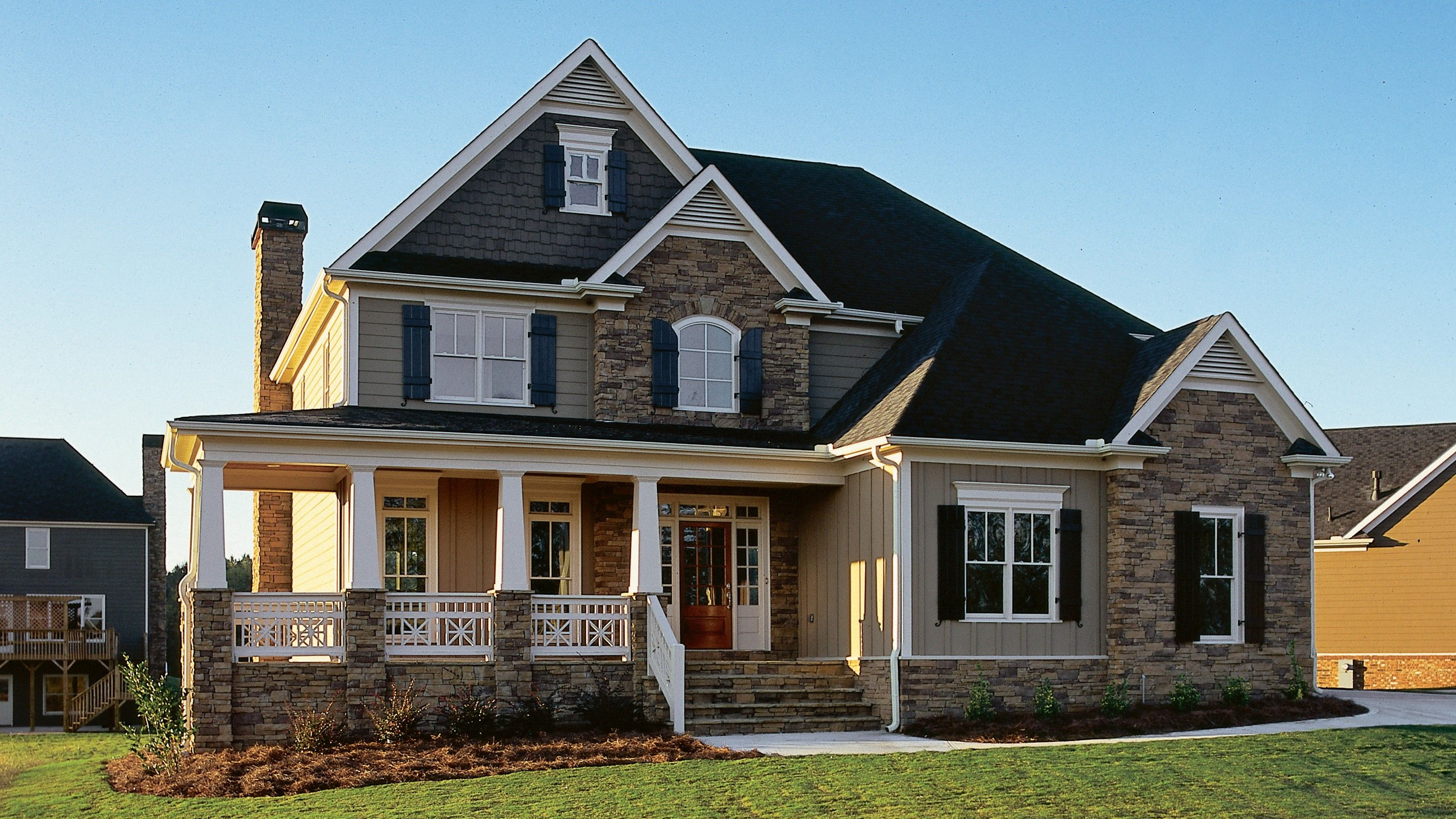 Craftsman Style House Plan 4 Beds 2 5 Baths 2443 Sq Ft Plan 927 1 Country Floor Plans Country House Plans Craftsman Style House Plans