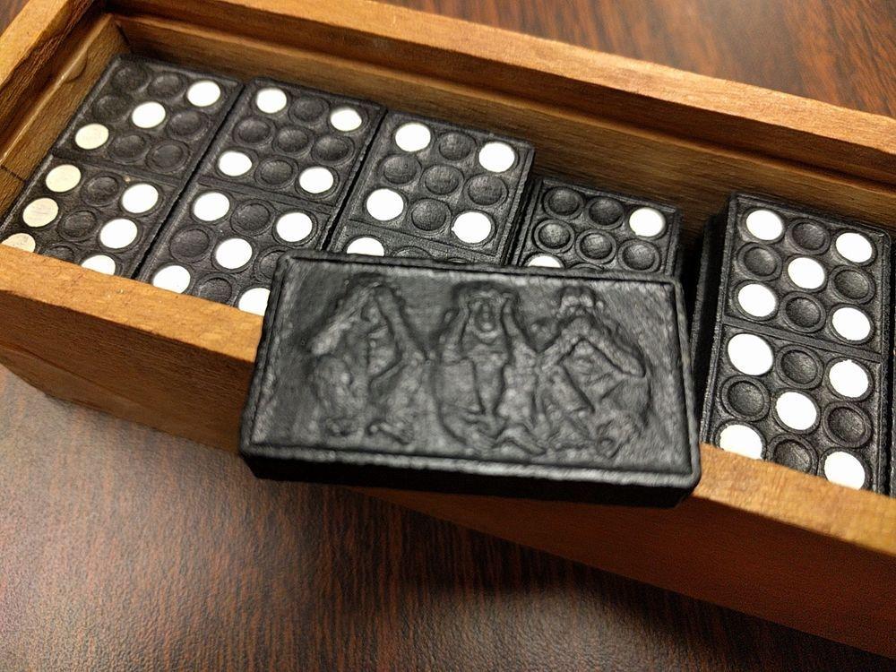 Vintage Wooden Dominoes Game 3 Monkeys Hear Speak See No Evil Box