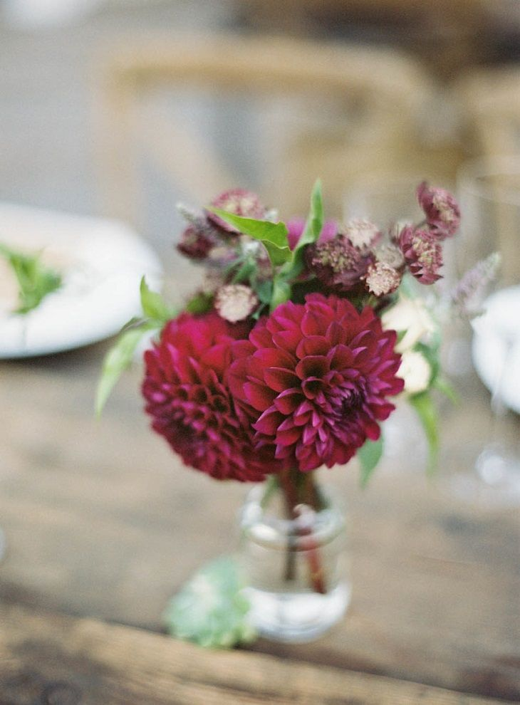 Burgundy wedding ideas the best ways to use as