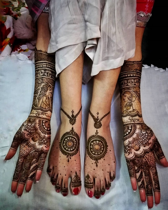 31 Bridal Henna Designs That Will Make You Stand Apart In Weddings In 2020!Adorn your hands with latest mehendi designs that can be perfectly curated by Mehndi Artist in Jaipur to make your mehendi ceremony unforgettable.#henna #mehndi #wedding #hennaart #hennaartist #mehendidesign #hennatattoo #hennadesigns #mehendiart #hennadesign #mehendiartist #bridalhenna #indianwedding #mehendioutfit #hennainspire #mehandi #hennawedding  #hennalove #bridalmehendi #mehendidesigns #mehendilove #indianbride #