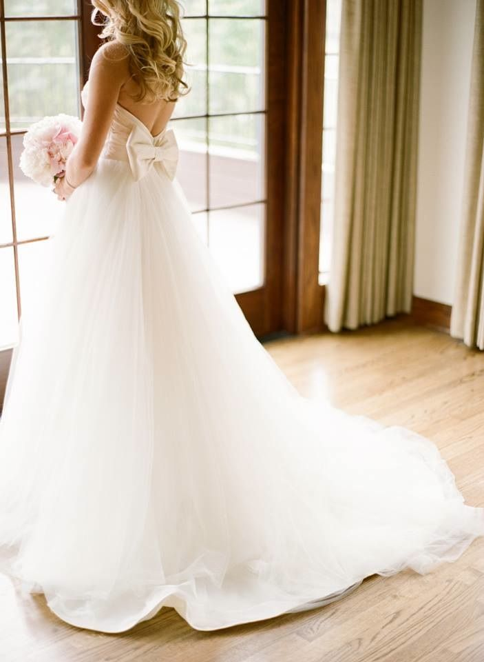 Tulle Wedding Dress With Bow On Back Sweetheart Strapless Ball Gown For Here