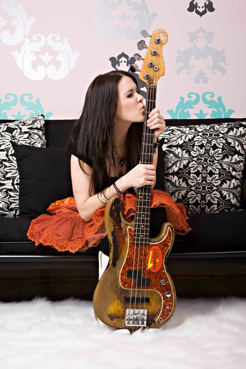guitar girl magazine an ezine about female guitarists i now pronounce you player and guitar. Black Bedroom Furniture Sets. Home Design Ideas