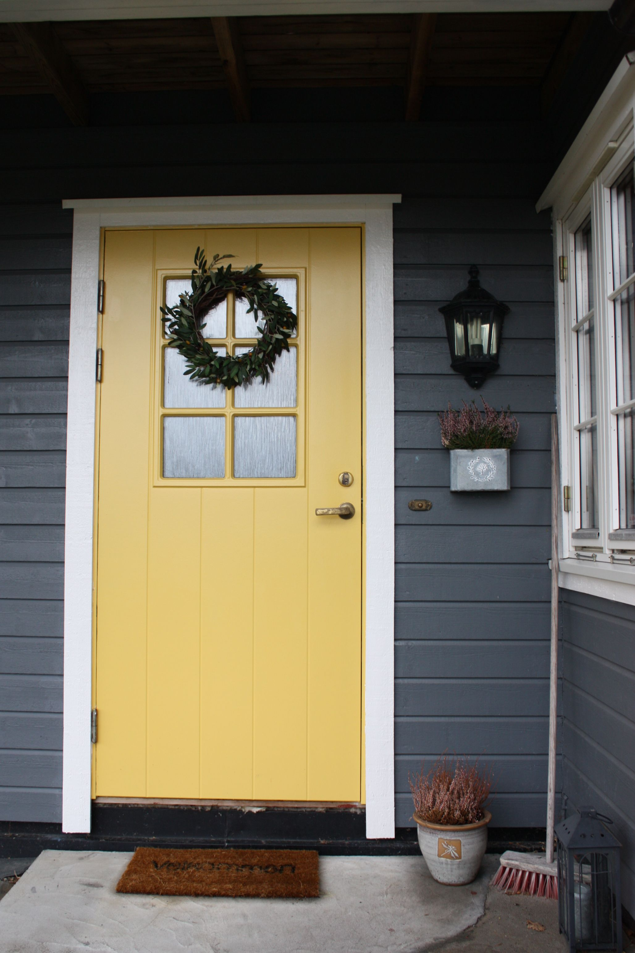 This summer I painted my entrance door bright yellow. A nice ...
