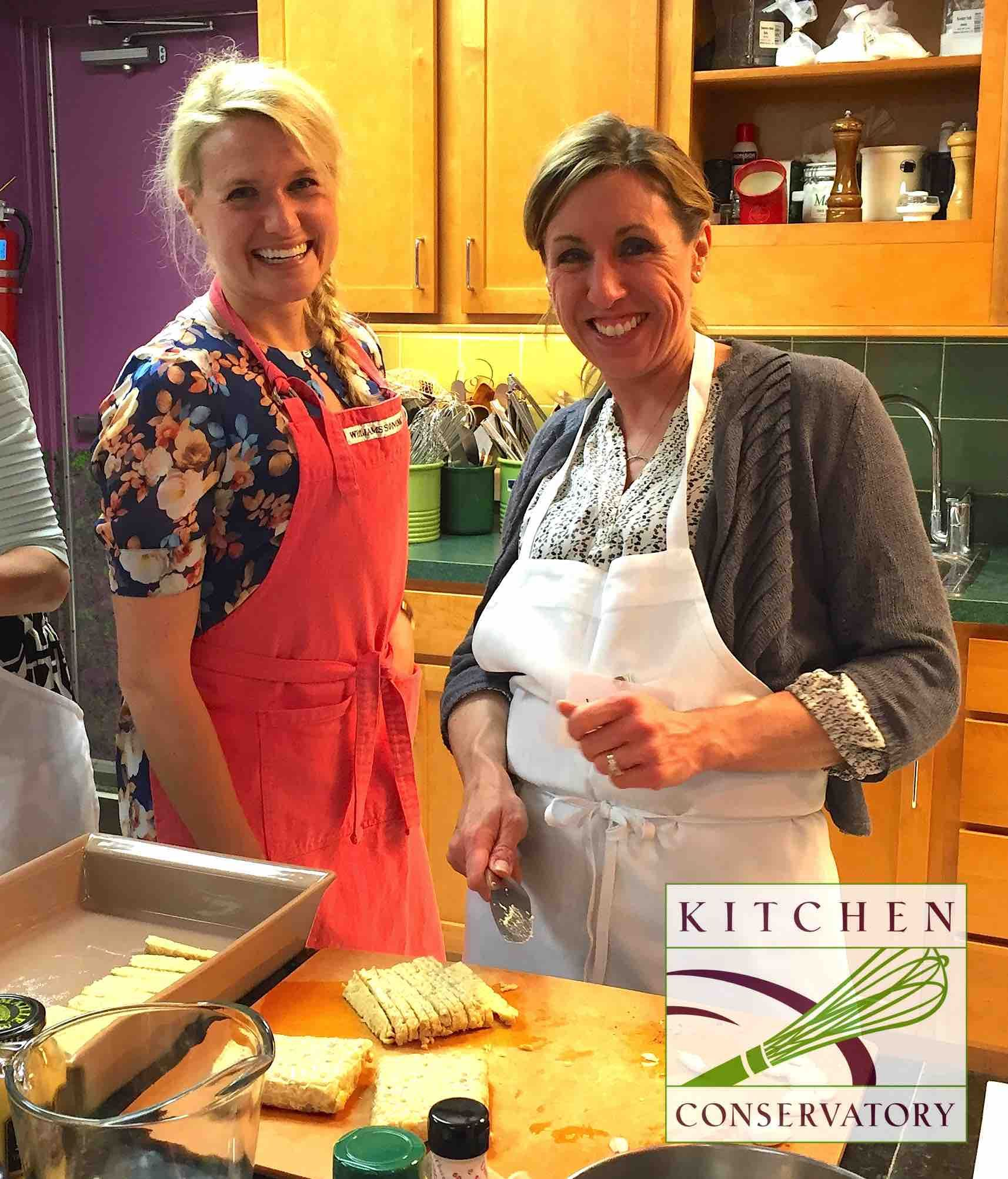 Susan Caciano On Left Teaches Fun And Delicious Vegan Cooking Classes At Kitchen Conservatory Vegan Cooking Classes Cooking Classes Cooking Crab Legs