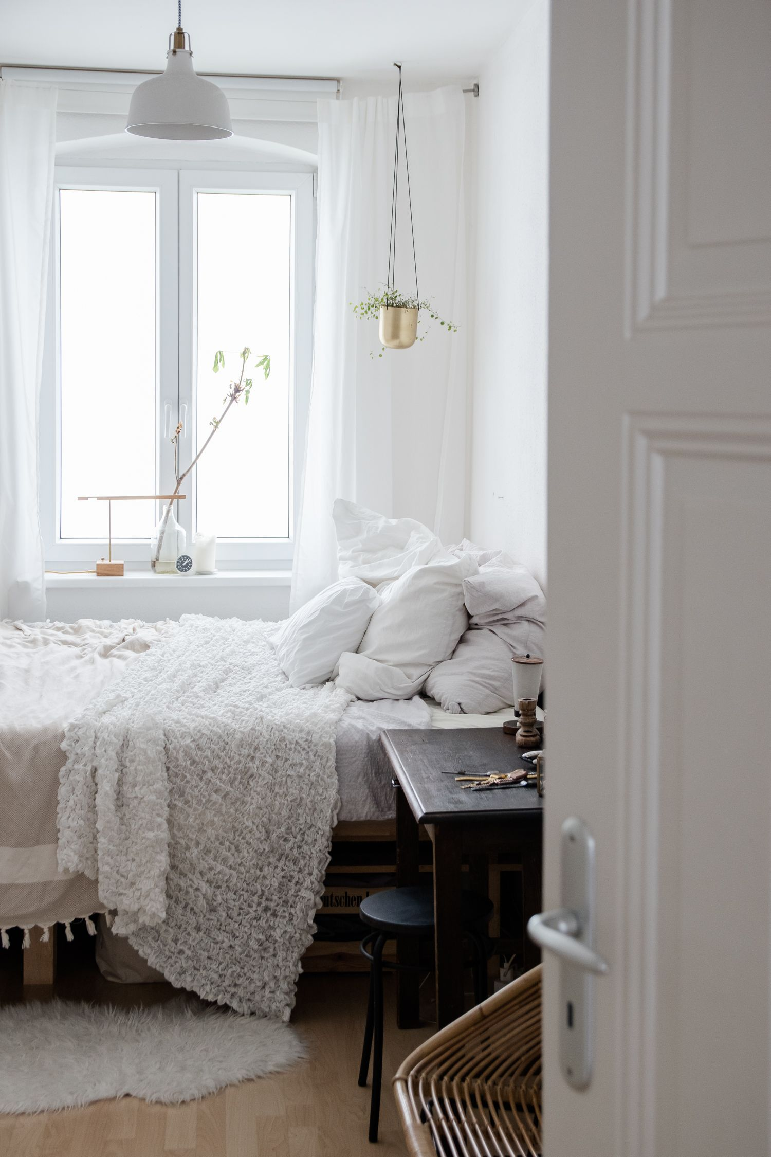 Wohnen Mit Katzen Homestory Bei Claudetta Und Ihrer Katze Tigerlily Craftifair Wohnen Zimmer Einrichten Haus Interieurs