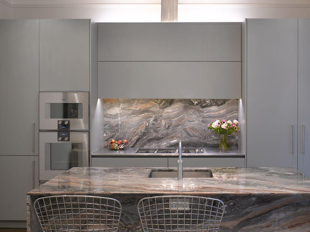 roundhouse urbo matt lacquer bespoke kitchen in farrow & ball