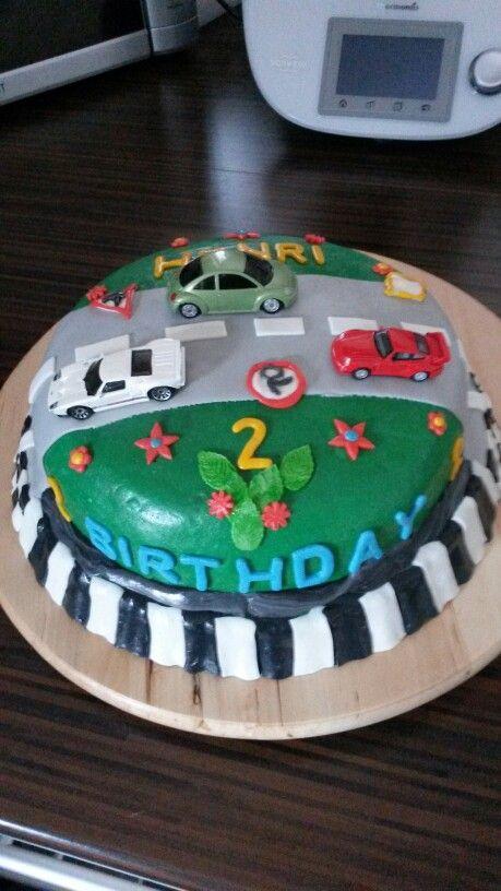 Autokuchen | Cars kuchen, Fondant torten, Kuchen