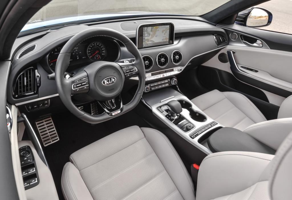 Kia Gt Stinger 2018 The Sporty Sedan Auto Otaku Kia Stinger Kia Merc Benz