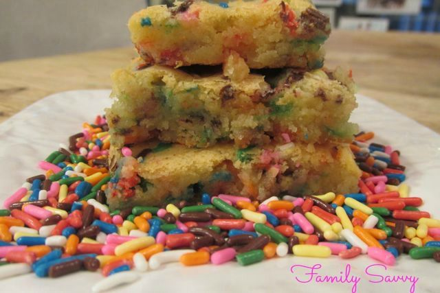 Funfetti White Chocolate Brownies are like oversized, sprinkle packed sugar cookies. So yummy!!!