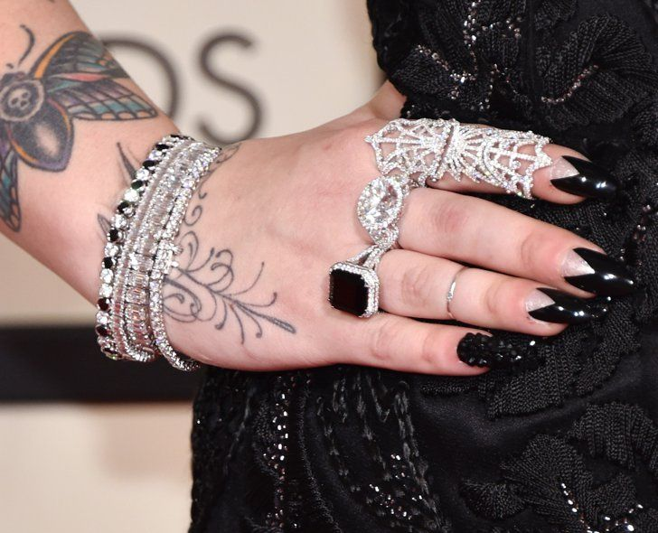 Pin for Later: These Little Pieces Really Pulled Those Grammys Looks Together Elle King Wearing Jacob & Co. jewels.