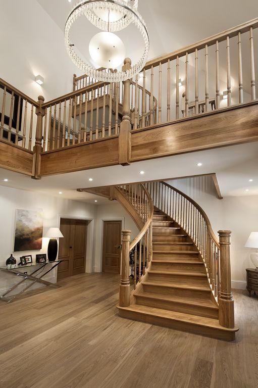 Klassieke trap kopen klassieke trappen vindt u bij for Spiltrap hout