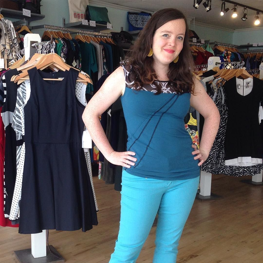 Stuff is on #sale and we're trying it all on! This #mariec #top and colourful #yogajeans are both 20% off! #summer #summeroutfit #summersale #ss2016 #ootd #madeincanada #madeinmontreal #canadiandesign #femaledesigner #canadiandesigner #ottawastyle