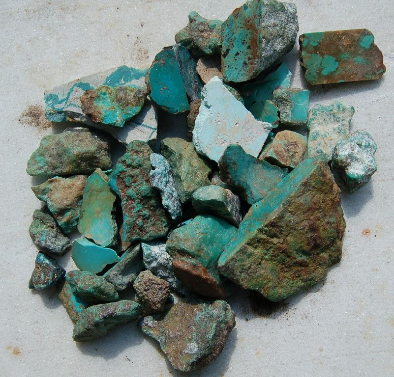 I just purchased vintage Arizona and Nevada turquoise.  I'll be making cabochon stones, pendants and earrings.  Vintage Western Rocks!