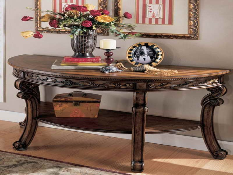 Pitcure Tables For Liveing Room Half Moon Living Furniture With The Ornamets