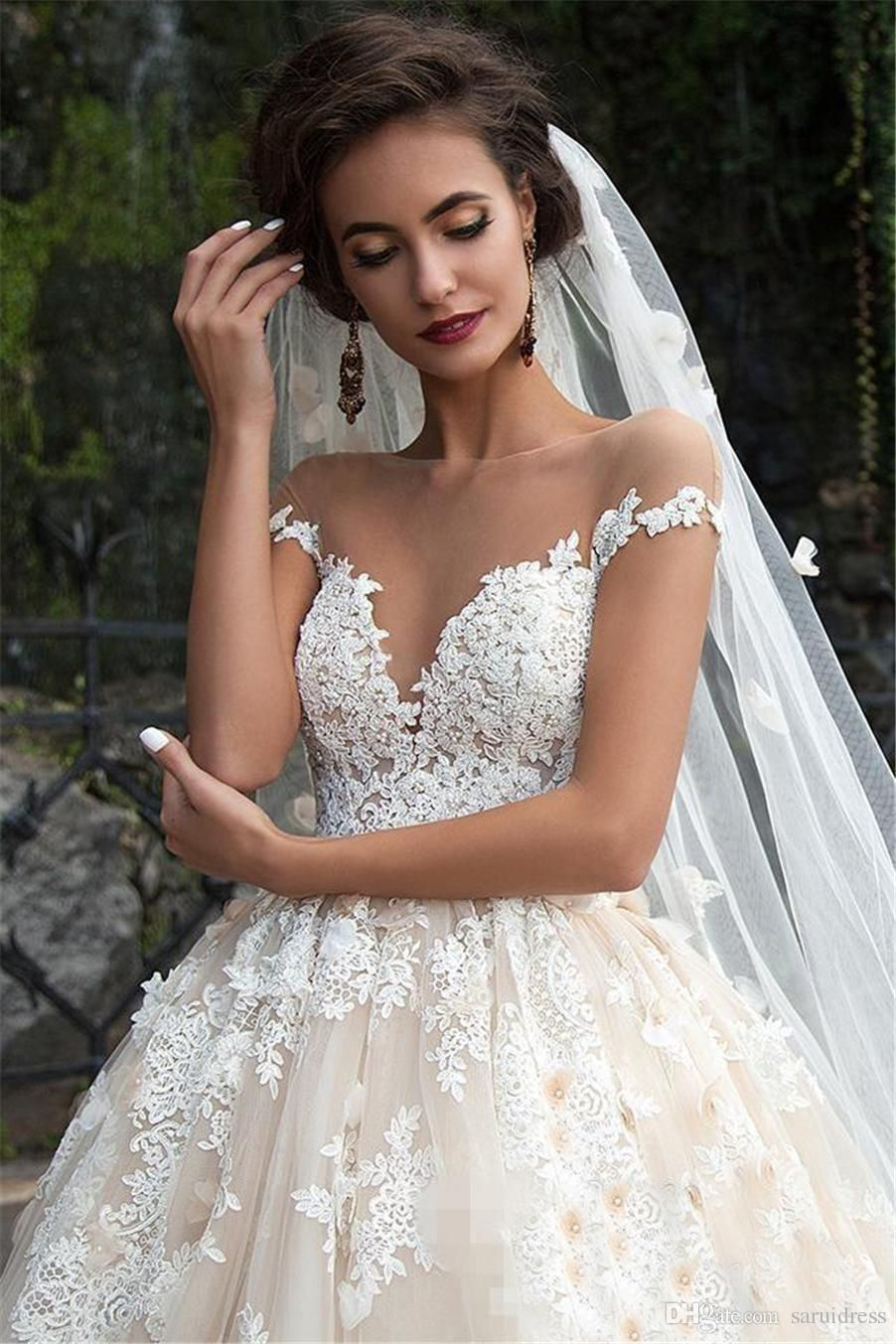 49a757018ce4 Illusion Boat Neck Short Sleeves A-line Floral Appliques Plus Size Chapel  Train Bridal Gowns Champagne Retro Zuhair Murad Lace Wedding Dress