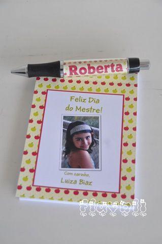 Kit bloco + caneta para os professores  :: flavoli.net - Papelaria Personalizada :: Contato: (21) 98-836-0113 vendas@flavoli.net