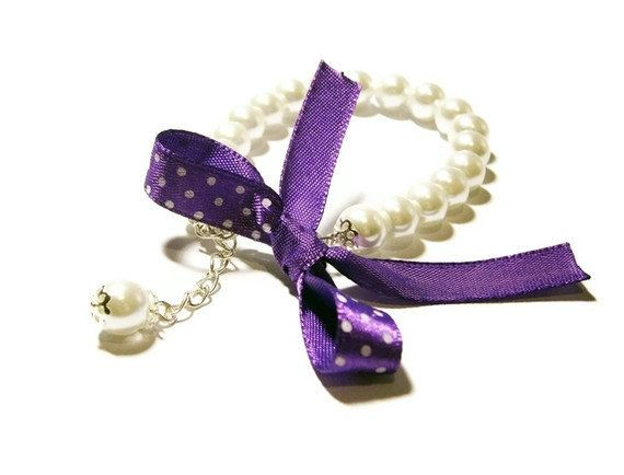 Pearl Bracelet  White Bow Purple Violet Kids Baby by ElwynJewelry