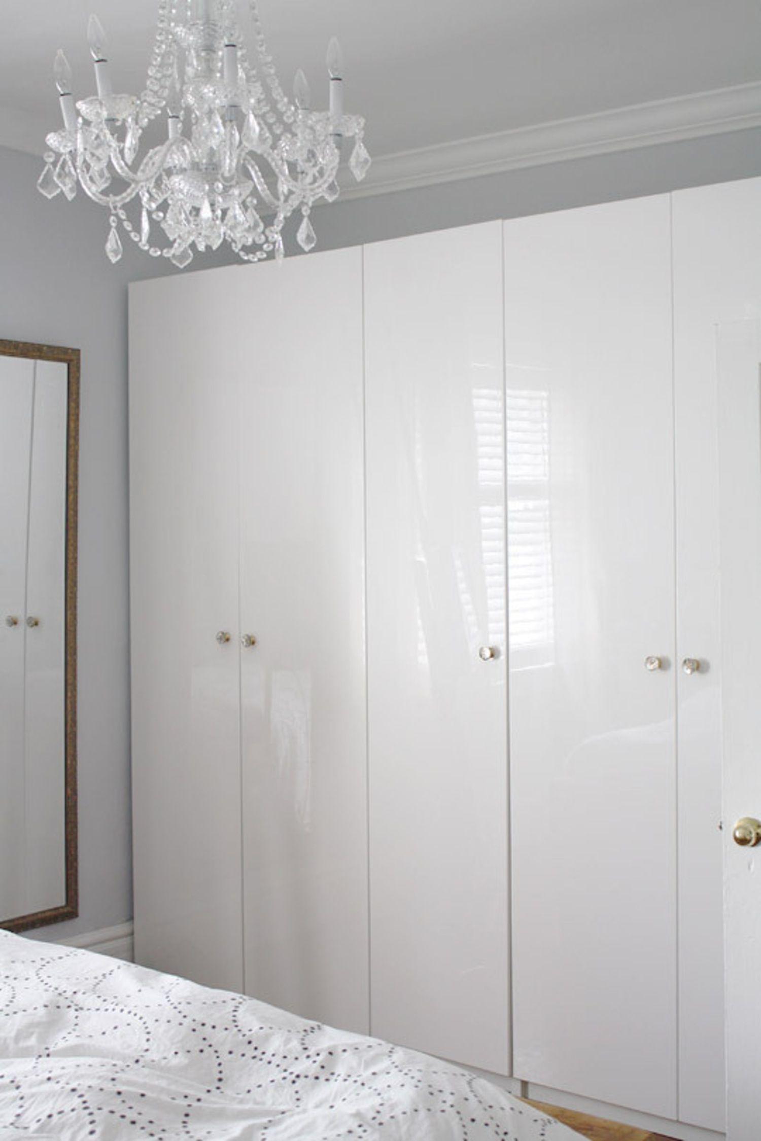 Small Bedroom Ideas 7 Smart Ways To Get More Storage In Your Sleep Space Small Bedroom Bedroom Decor Minimalist Bedroom