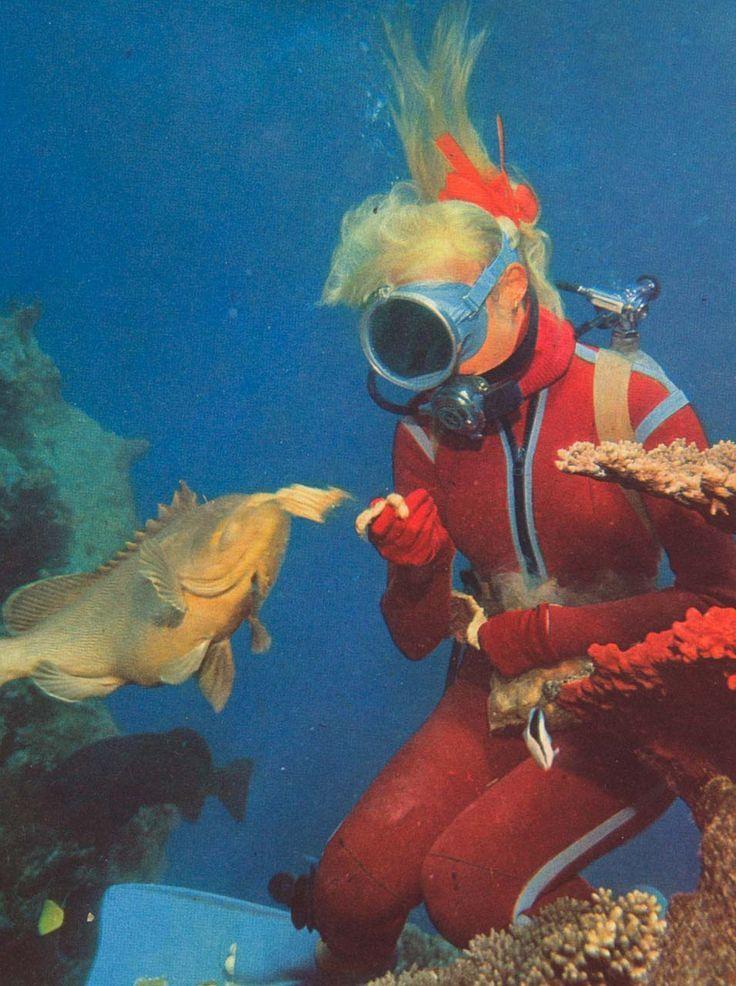 Vintage Scuba Girl Hand Feeding   Vintage Scuba Diving ...