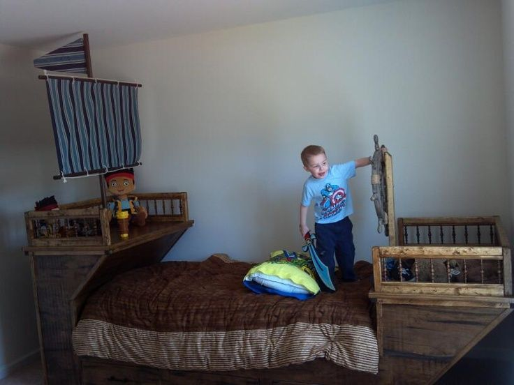 Pirate Ship Bunk Beds Craigslist New Pirate Ship Bed Sergy In