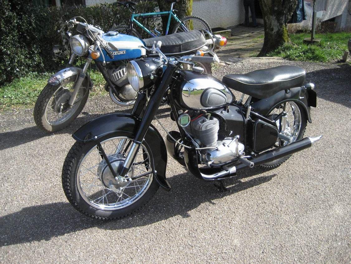 moto francaise site mes motos anciennes d 39 apr s guerre moto peugeot p55c de 1949 moto. Black Bedroom Furniture Sets. Home Design Ideas