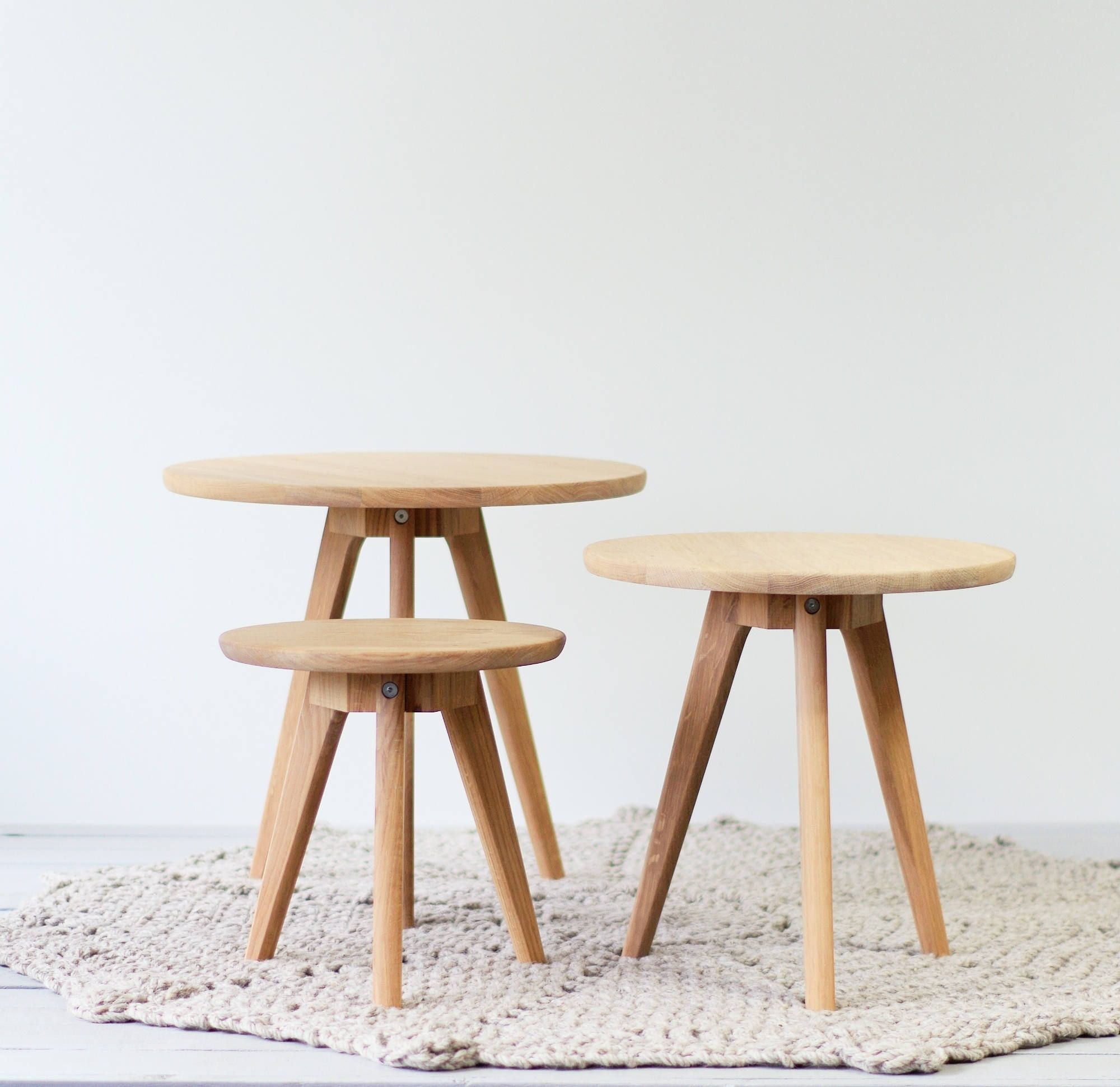 the latest 7f2ef c17f9 Ready to ship | Set of Small oak side table and Round pouf ...