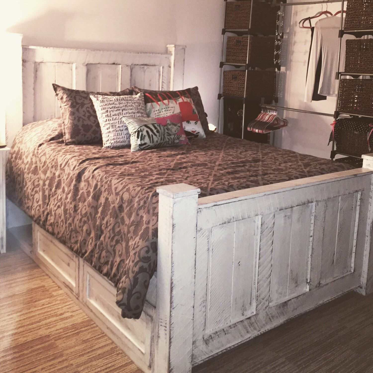 Bedroom Furniture/Bed frame/Wood bed frame/bedroom
