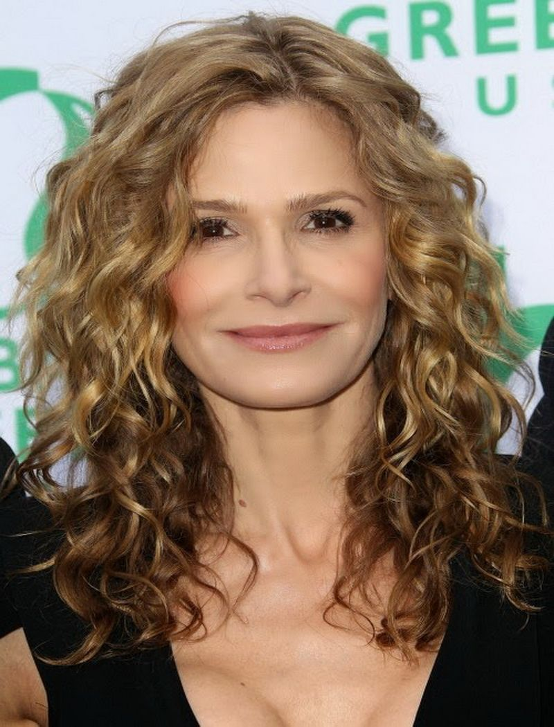 Kyra Sedgwick Hot Submited Images Pic2fly Medium Curly Hair Styles Medium Hair Styles Curly Hair Styles