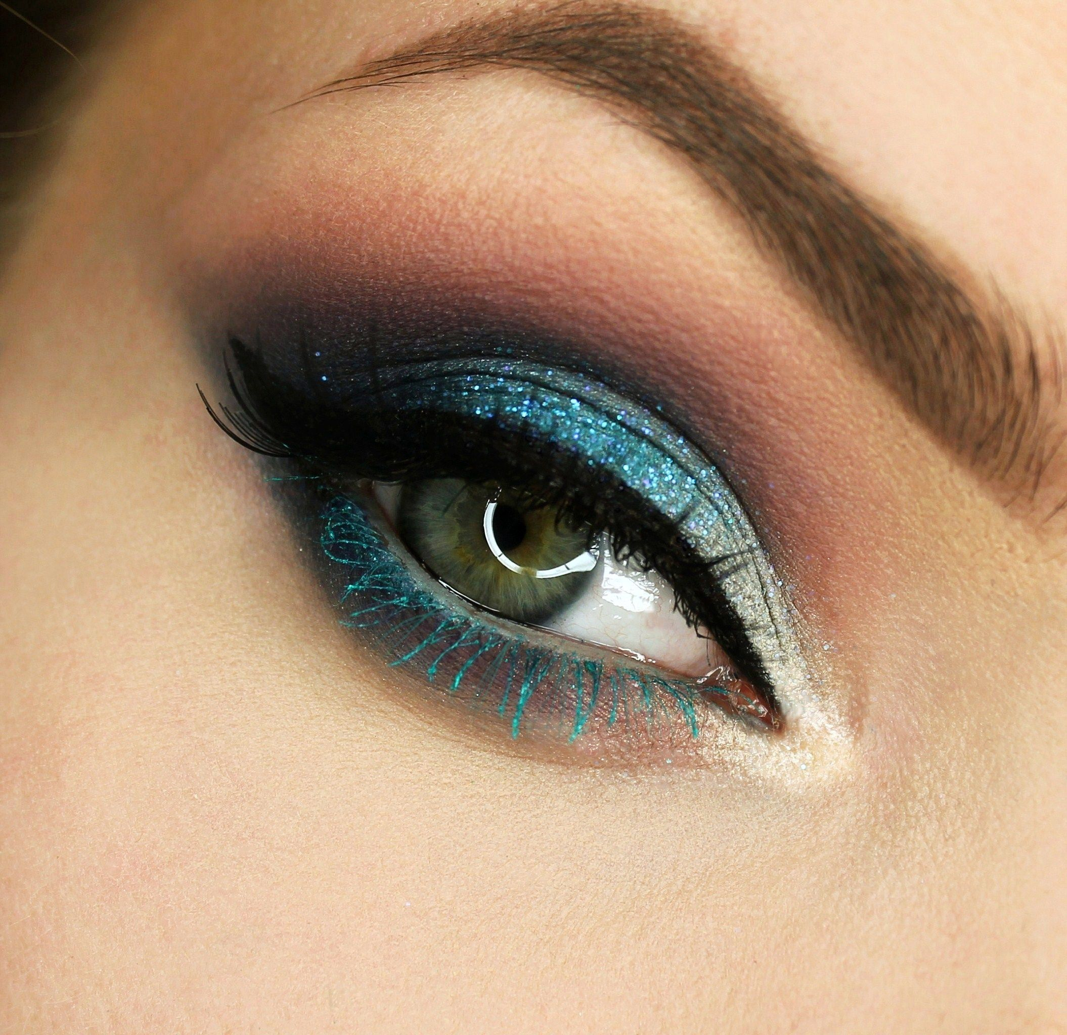 Makeup Geek Eyeshadows in Cupcake, Poolside, Simply