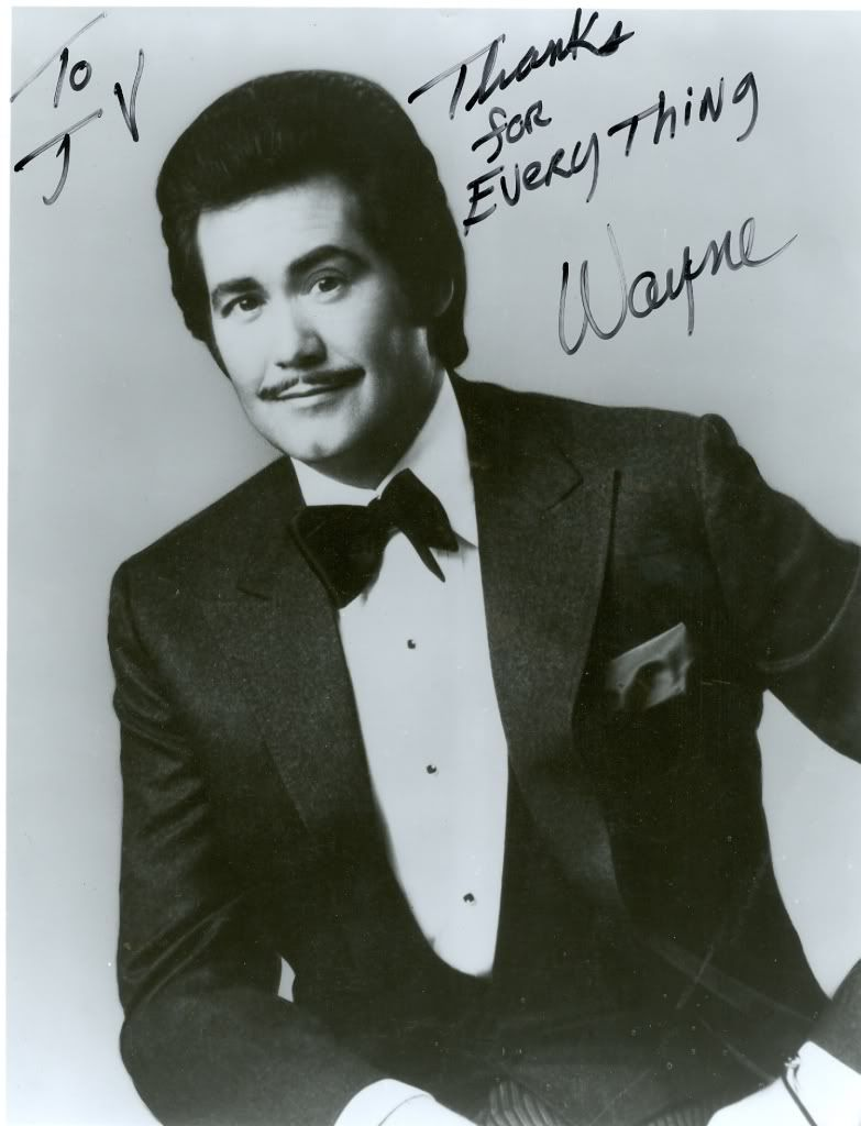 Mr Wayne Newton  https://play.google.com/store/music/artist?id=Aoxq3iz645k55co23w4khahhmxy&feature=search_result