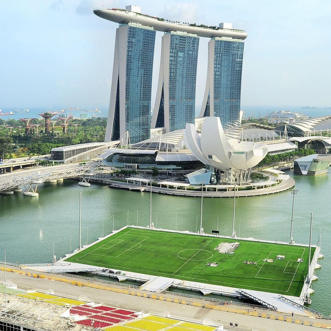 World S Largest Floating Pitch At Marina Bay Singapore Marinabay Singapore Soccerpitch Floatingpitch Soccer Futbol Soccer Stadium Soccer Soccer Drills