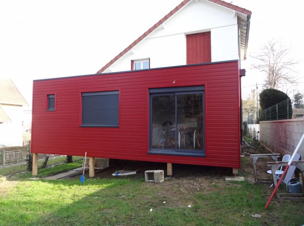 Extension en bardage bois rouge buffle tres moderne Extension sur