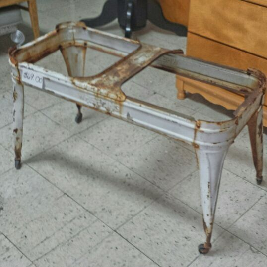 Antique Wash Tub Stand For Sale For Sale In Lakewood Oh Wash Tubs Tub Coffee Table