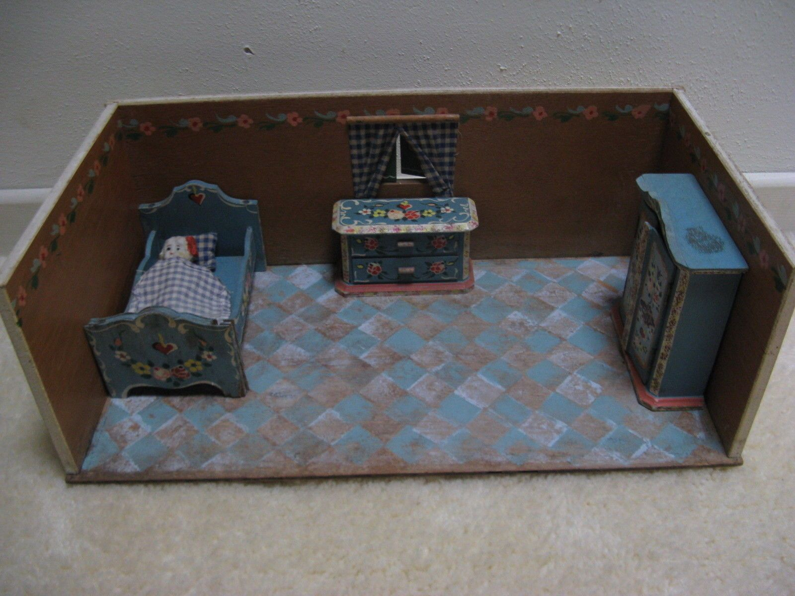 US 149.99 Used in Dolls & Bears, Dollhouse Miniatures
