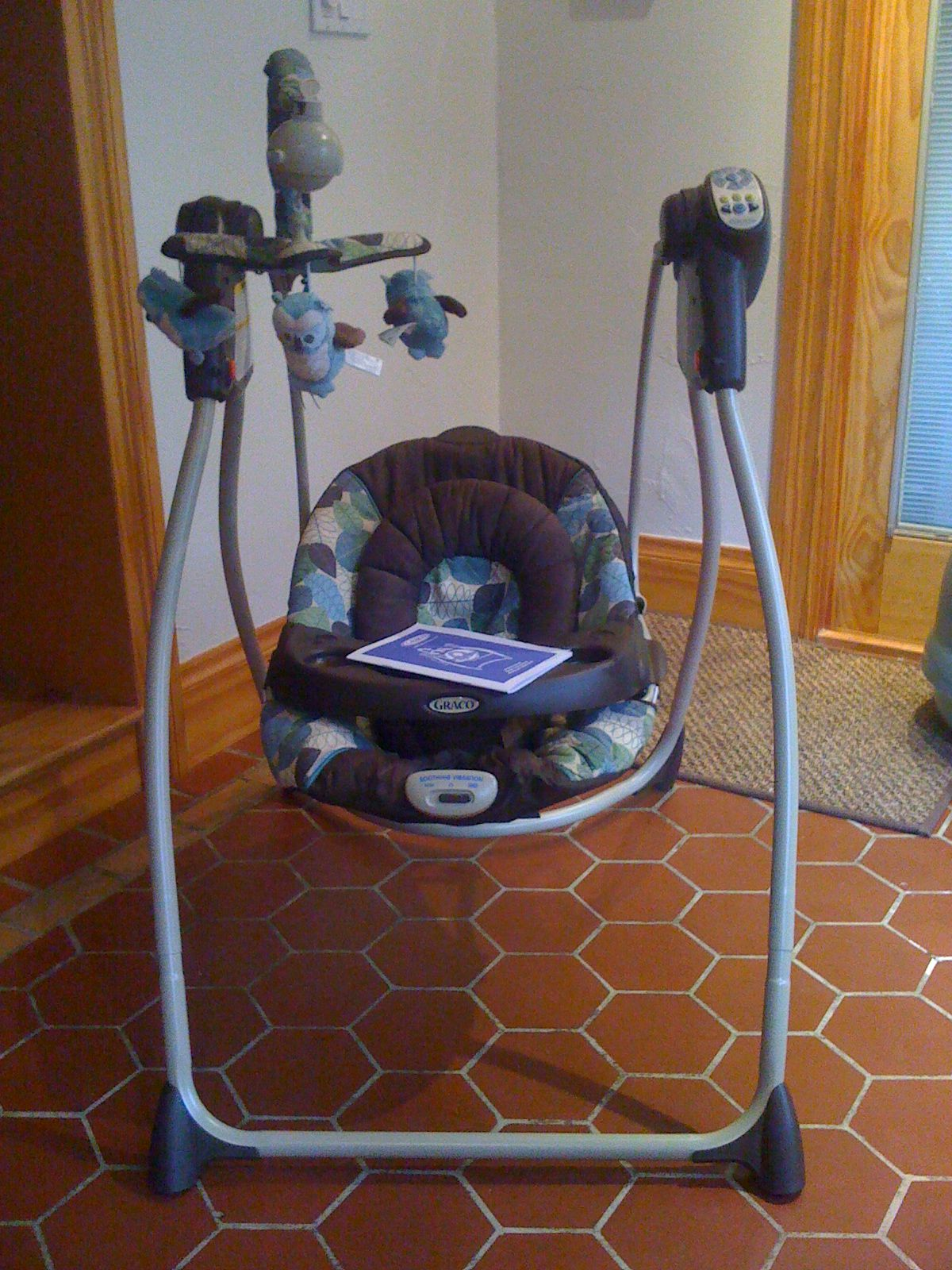 Like New Graco Swing At The Exchange Baby Swings Camo