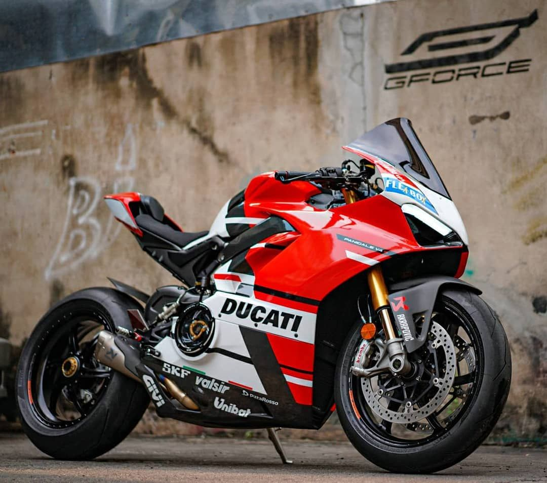 G Force Thailand On Instagram Ducati Panigale V4 S At G Force Ducabike Clutch Cover Oz Forged Wheel Ducati Ducati Panigale Sports Bikes Motorcycles